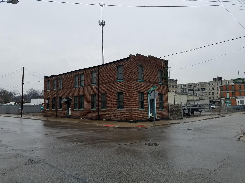 1670 Cooper St Cincinnati OH