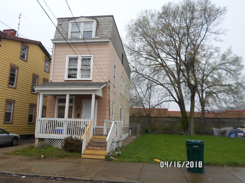 1226  Bates Ave