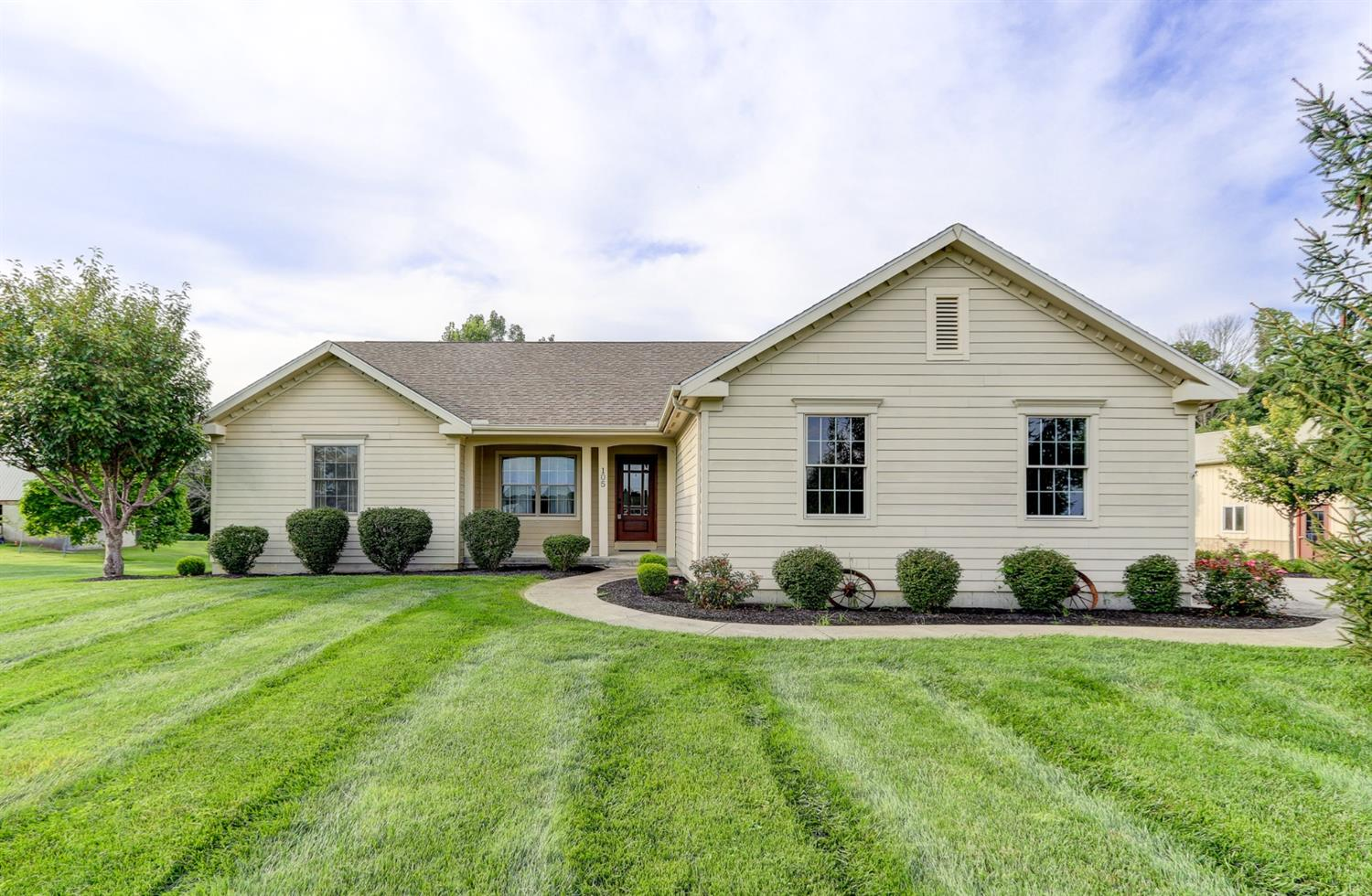 105 Anderson Rd Chester Twp OH