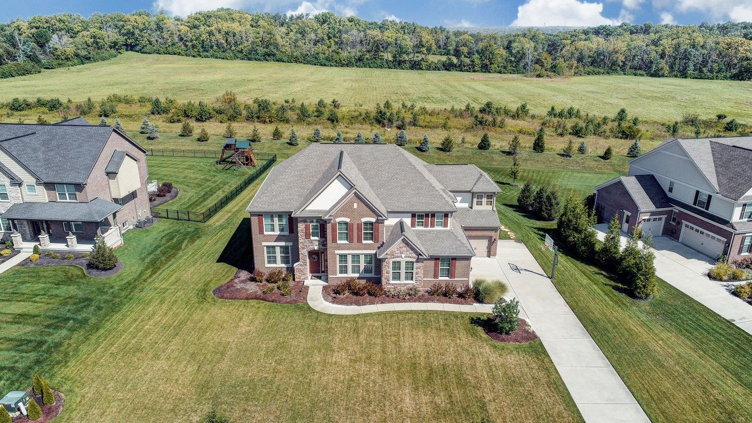 4710 Country Downs Dr Mason OH