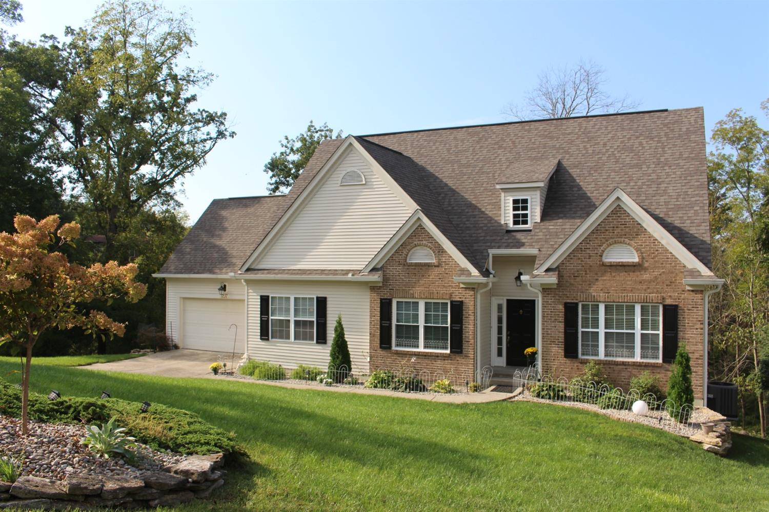 1237 Chalet Ct Miller Twp IN