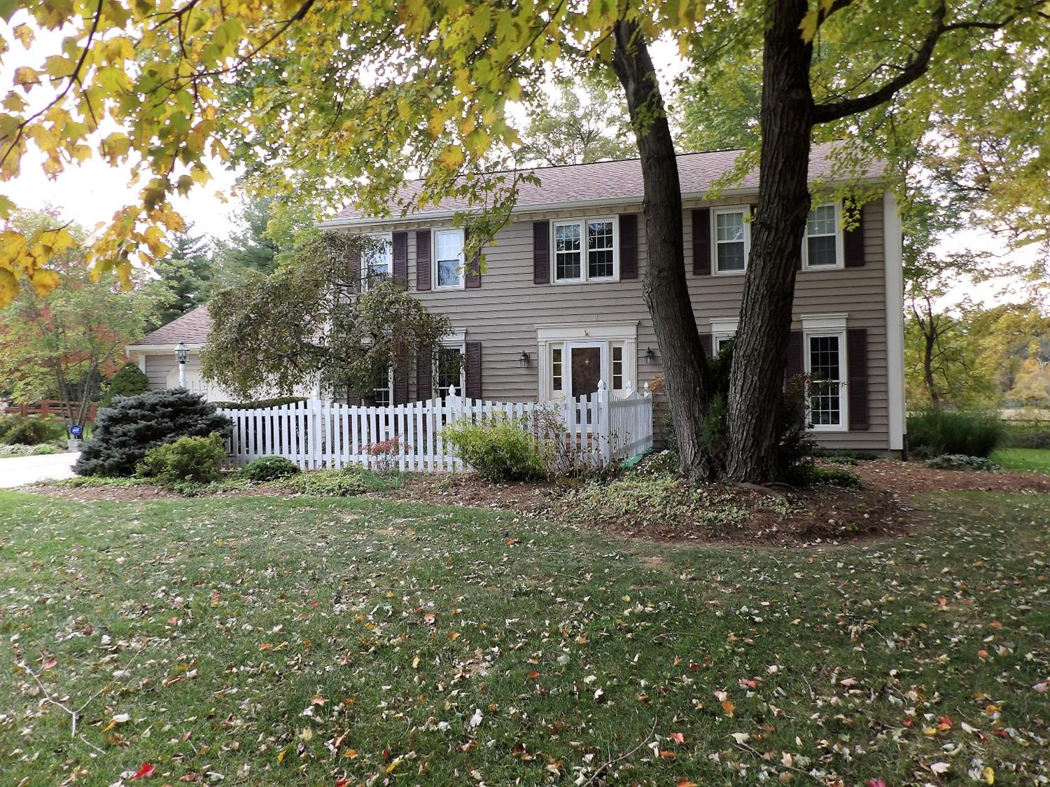 10401 Briarcove Ln Symmes Twp OH
