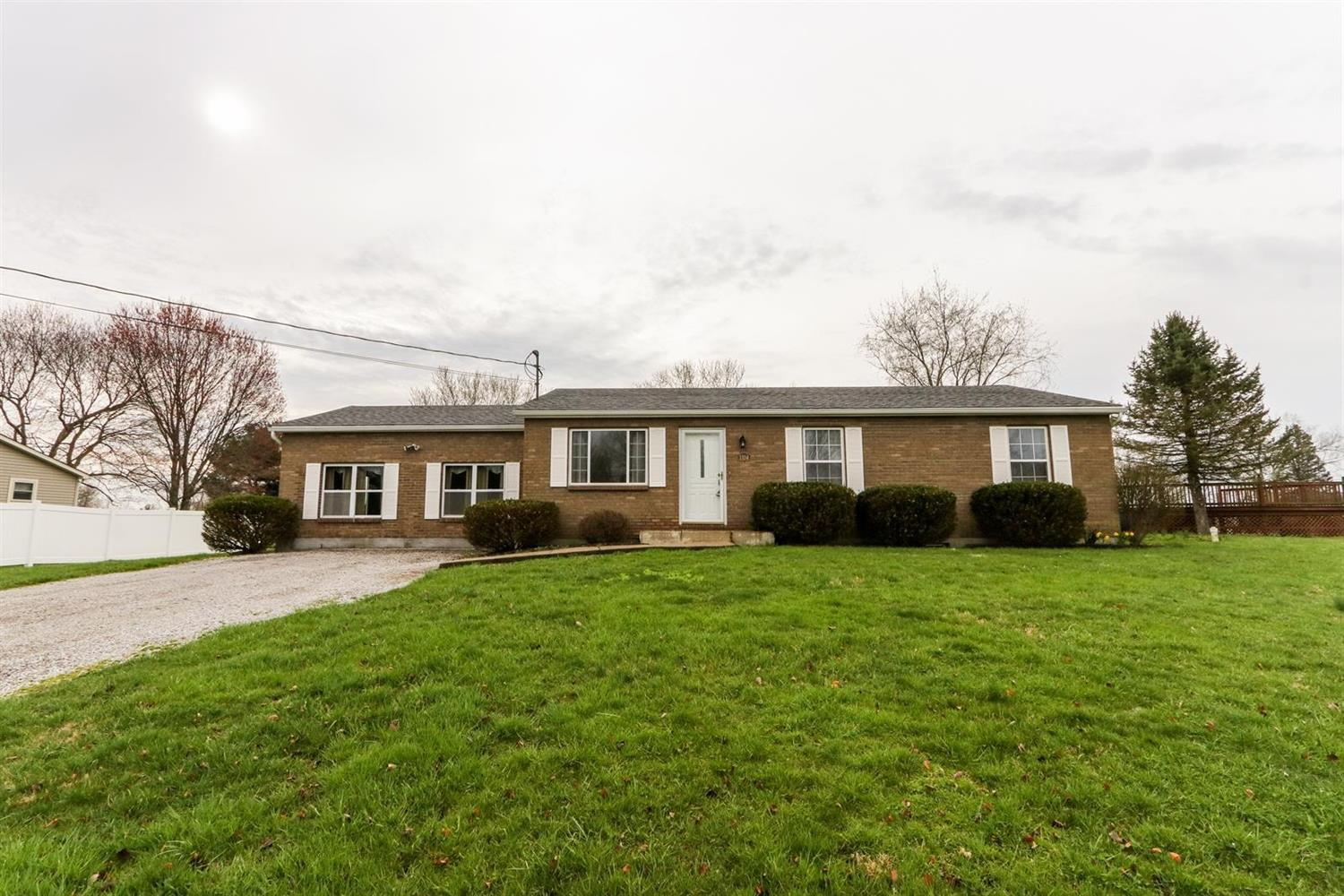 1104 Courtland Dr Stonelick Twp OH