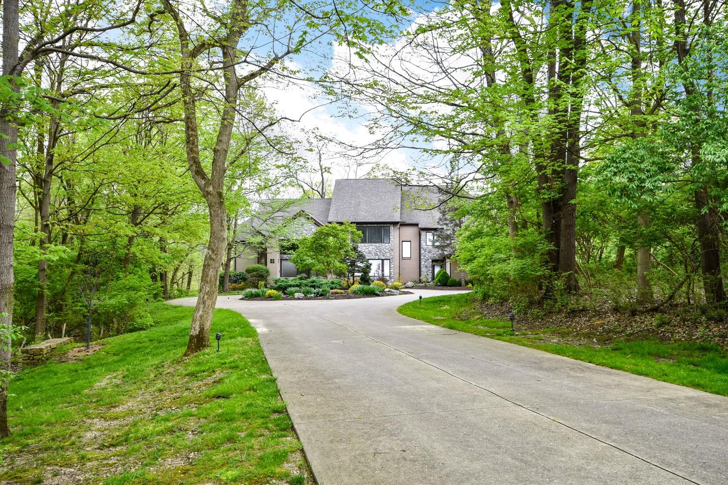 10480 Carriage Trl Indian Hill OH