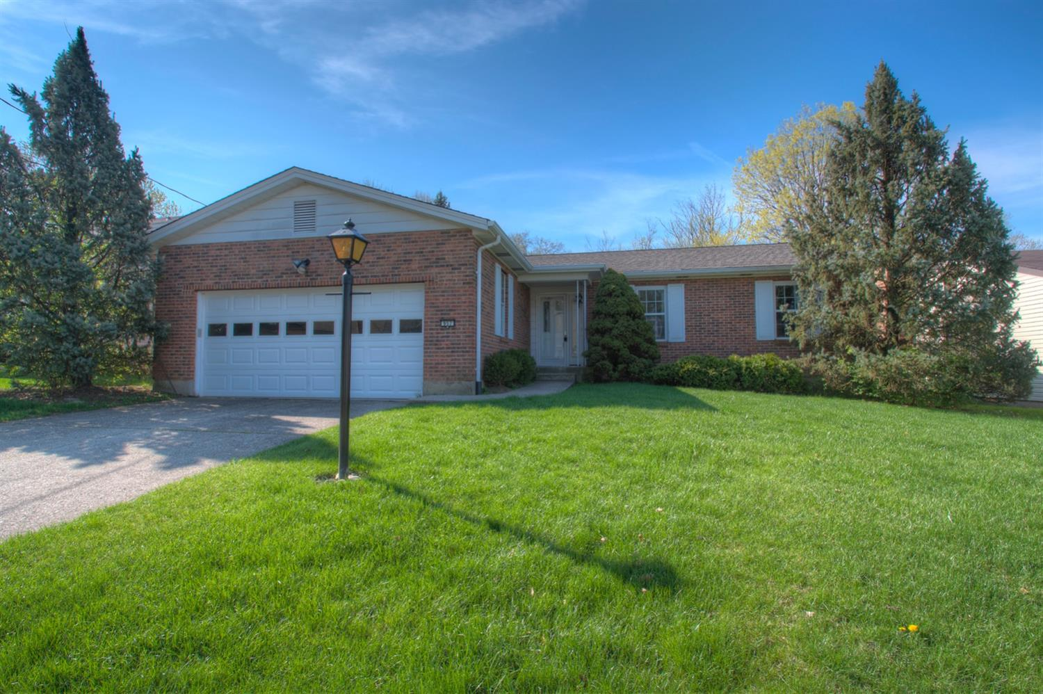 957 Butterfly Ct Springfield Twp. OH