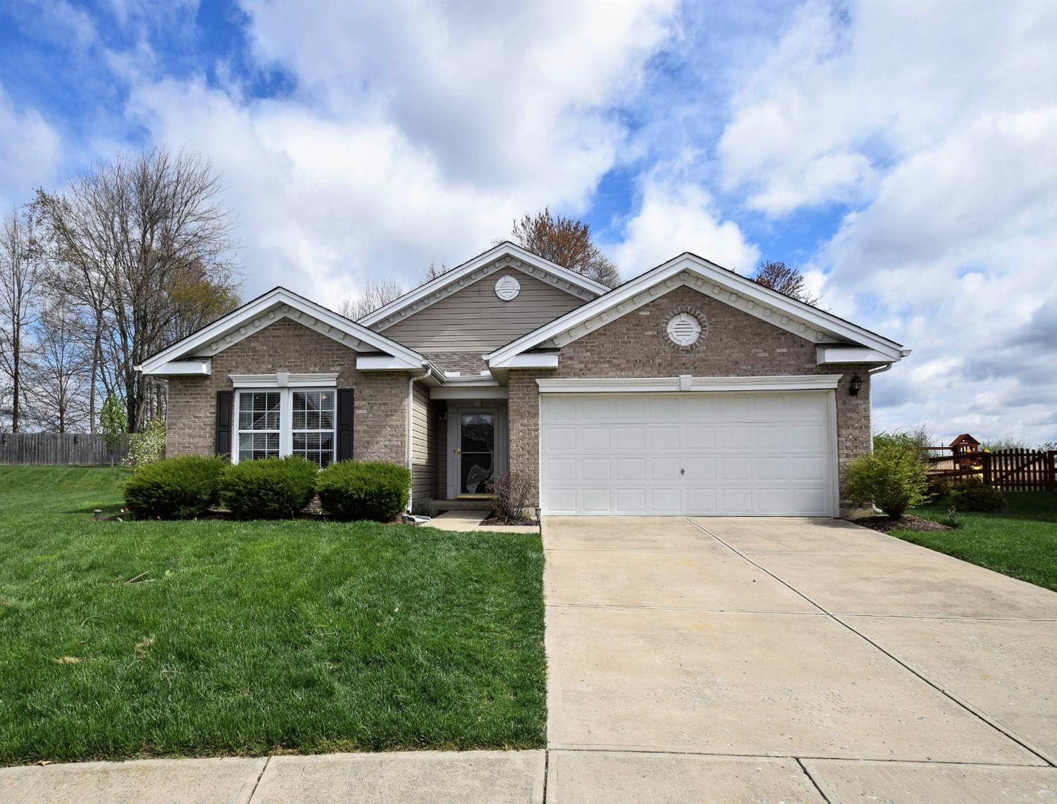 1417 Carrington Pl Hamilton Twp OH