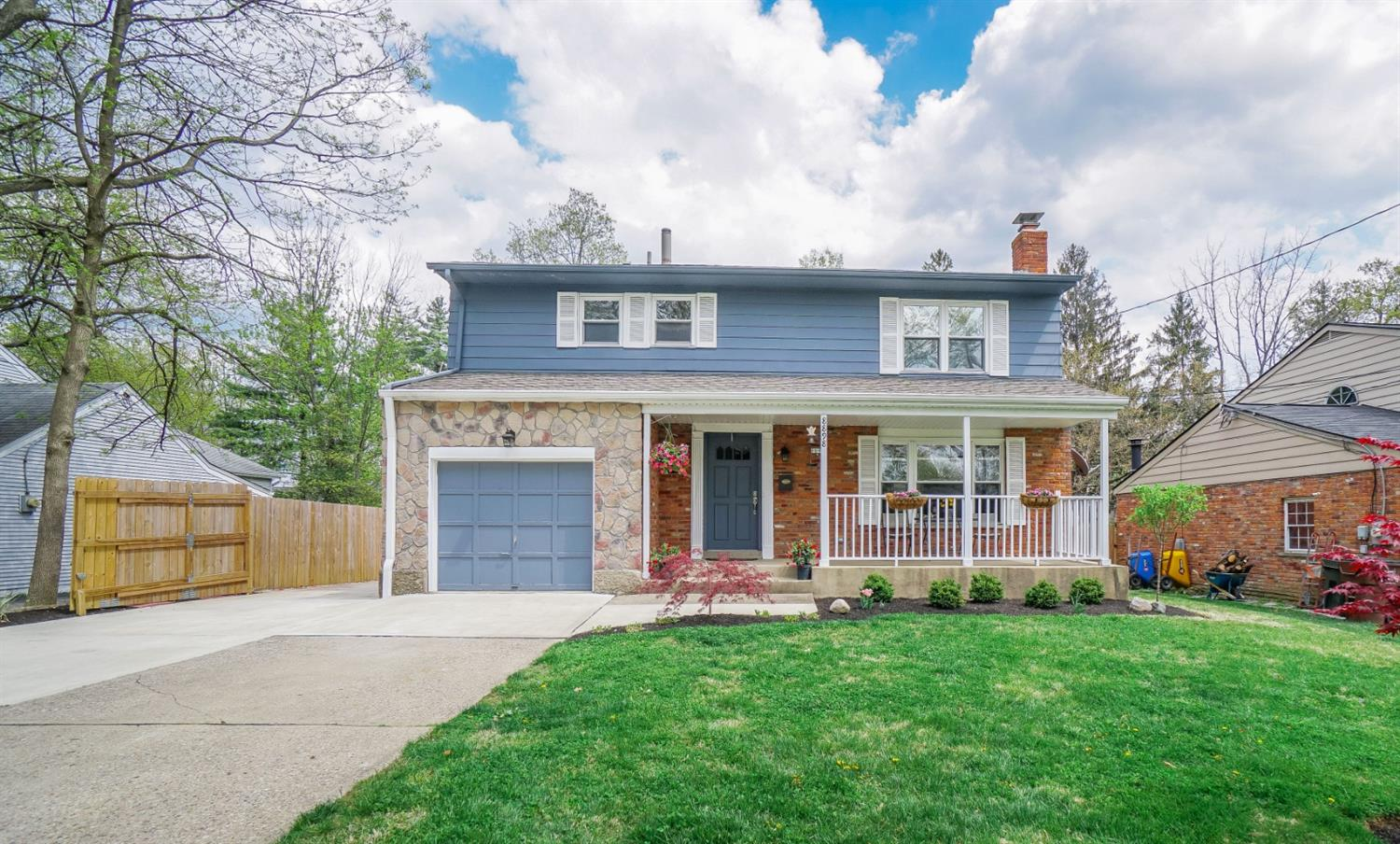 8898 Brittany Dr Blue Ash OH
