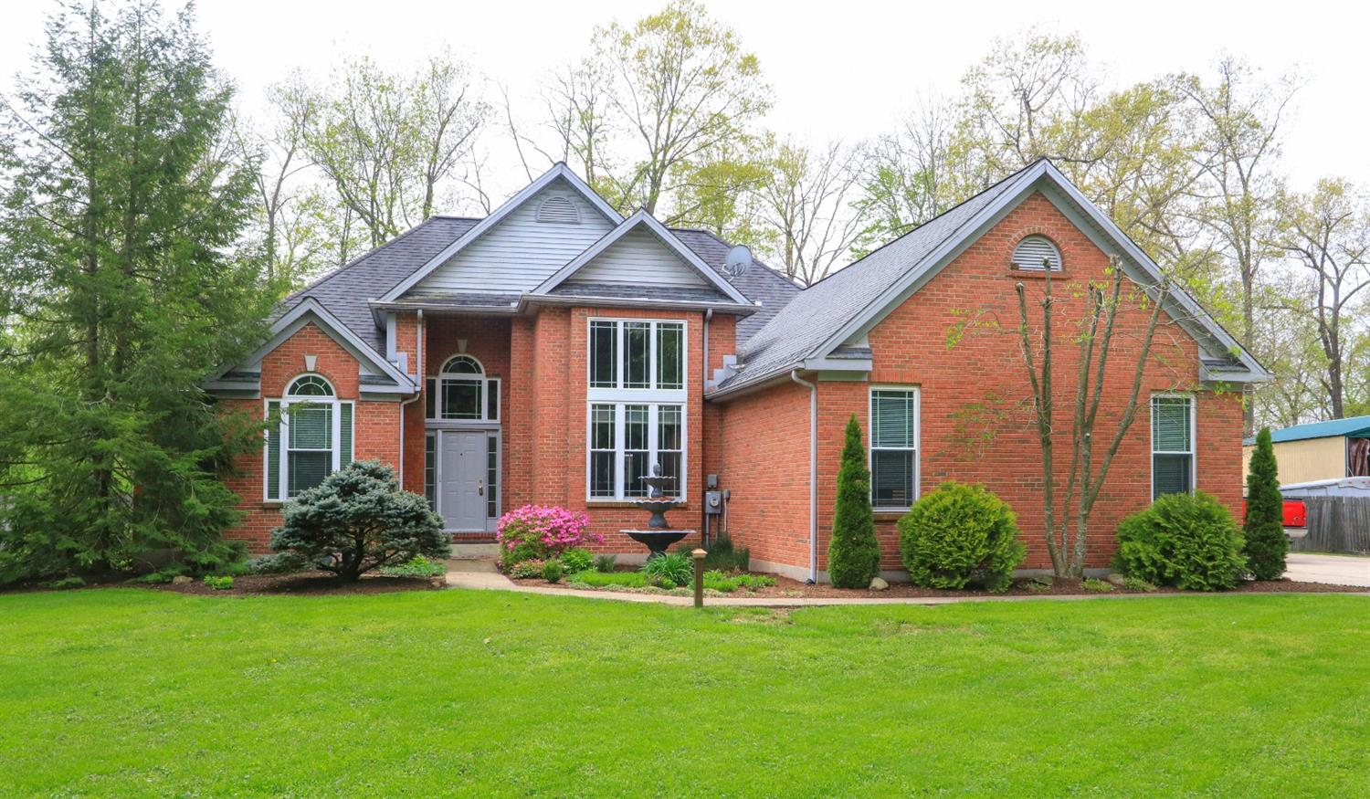 299 Bremen Dr Perry Twp OH