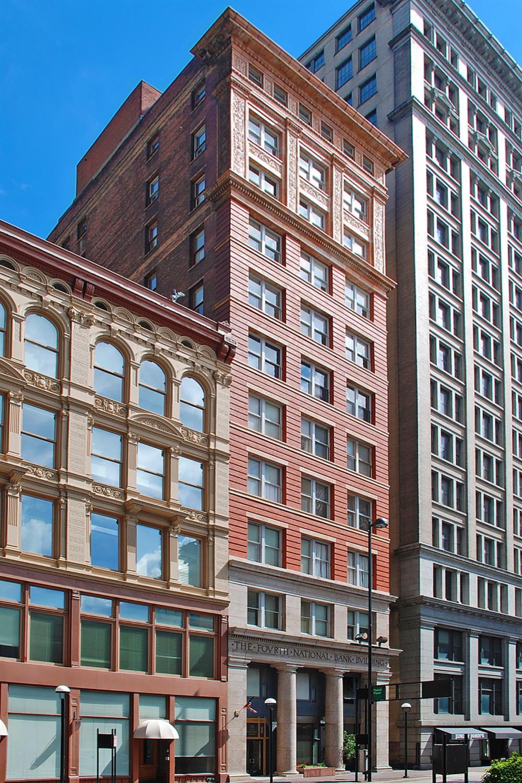 18 E Fourth St Cincinnati OH