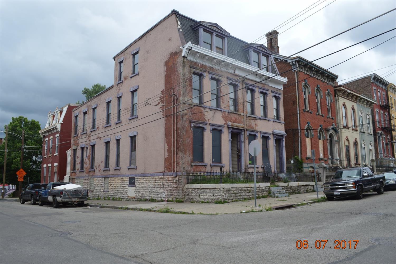 1034 Dayton St Cincinnati OH