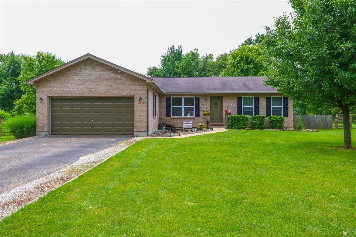1327 Cathy Wy Pierce Twp OH