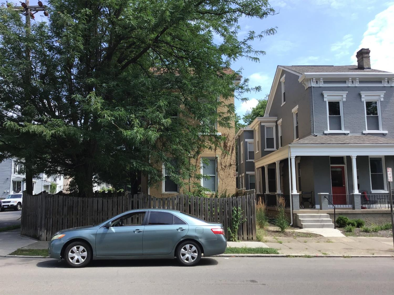 1532 Chase Ave Cincinnati OH