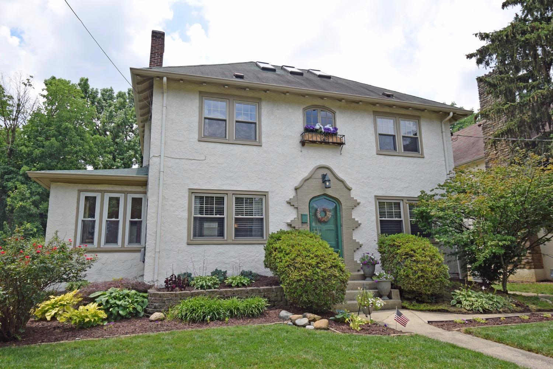 1263 Avon Dr Cincinnati OH