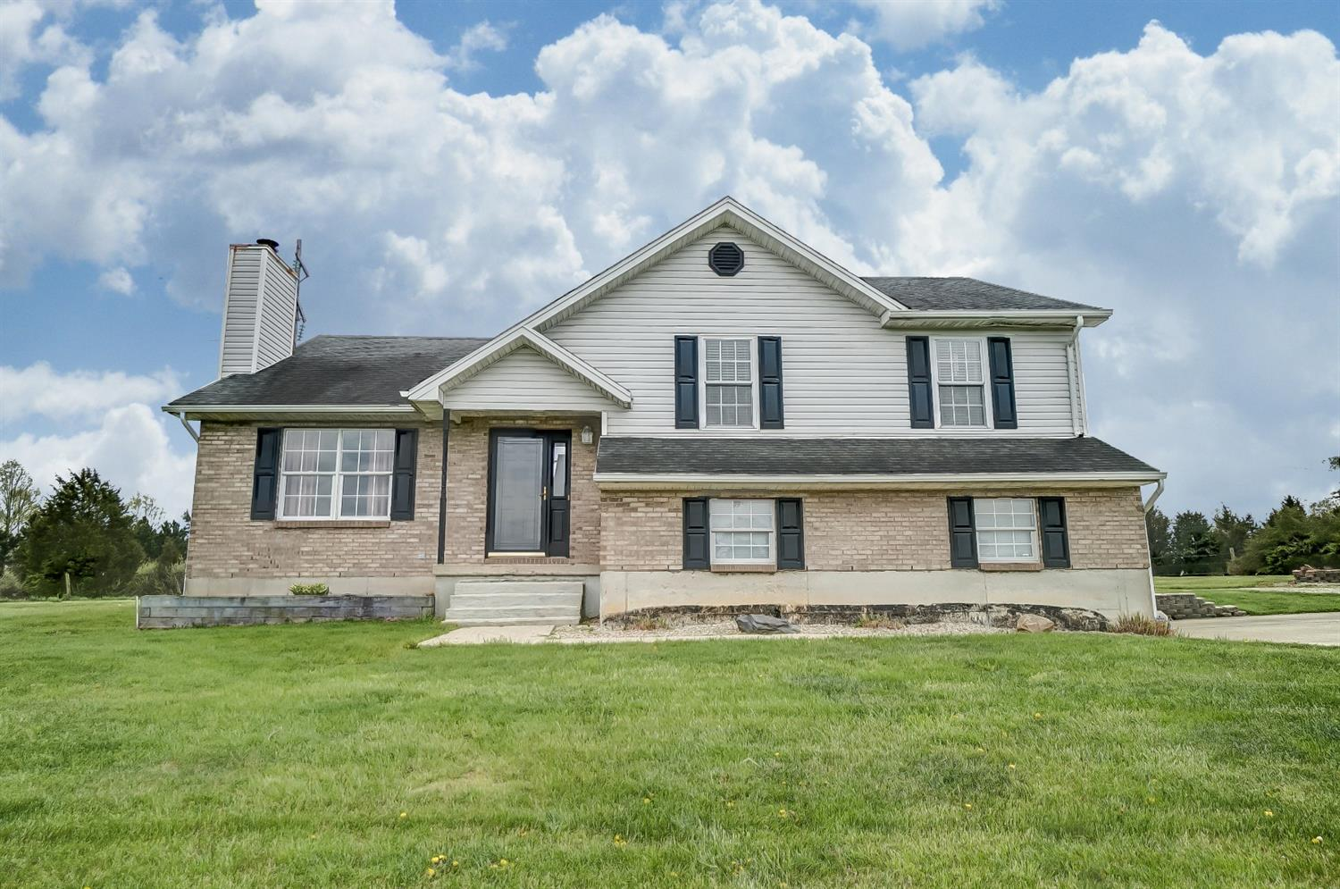 9982 Gilday Ln Clay Twp IN