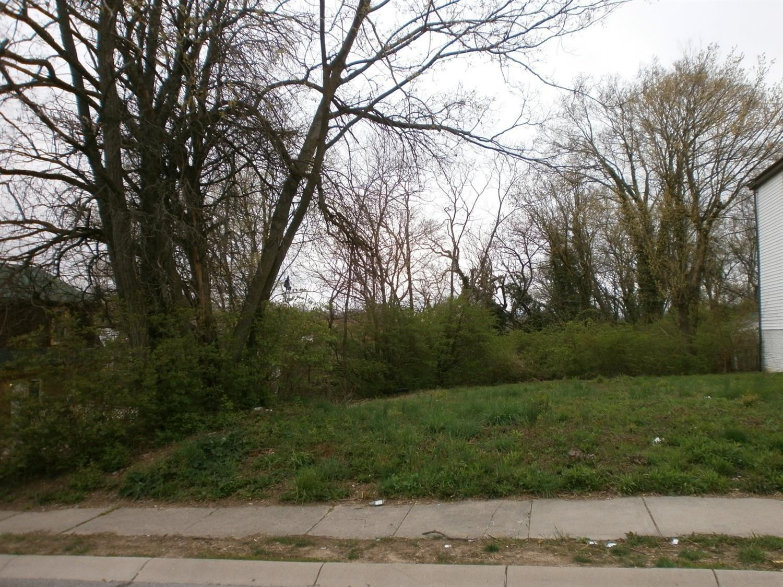 3744 Mayfield Ave Cincinnati OH