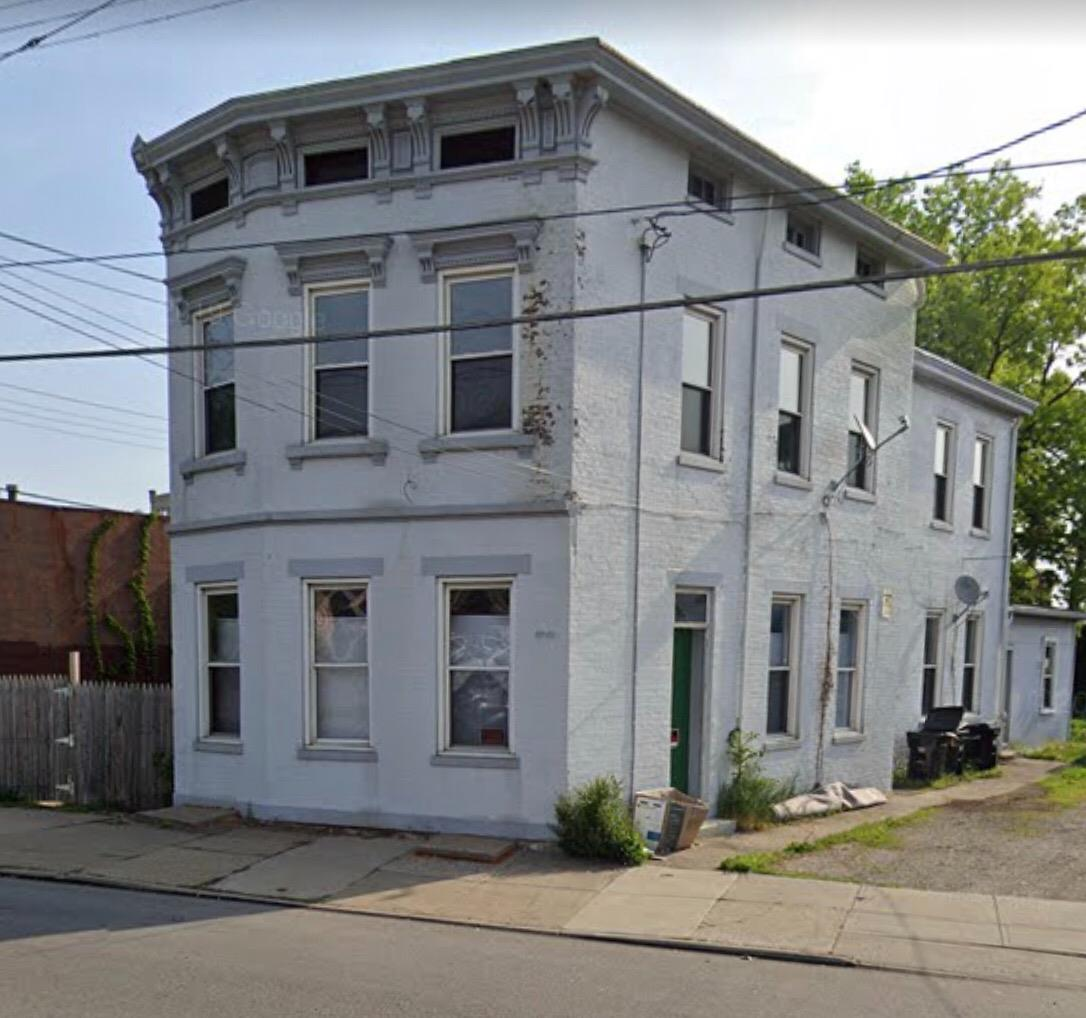 3942 Colerain Ave Cincinnati OH