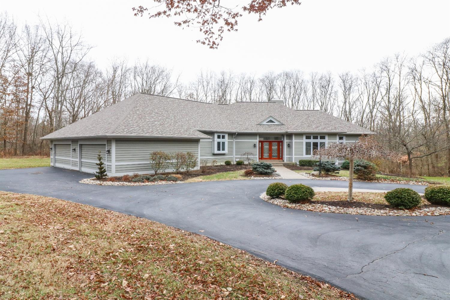 10375 Carriage Trl Indian Hill OH