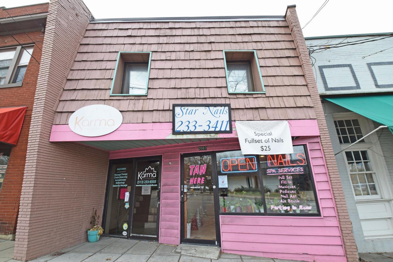 2067 Beechmont Ave Cincinnati OH