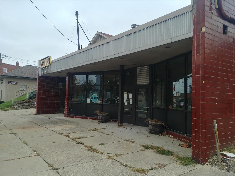 4529 W Eighth St Cincinnati OH