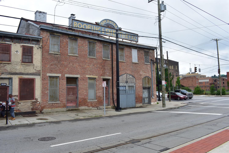 1541 Elm St Cincinnati OH