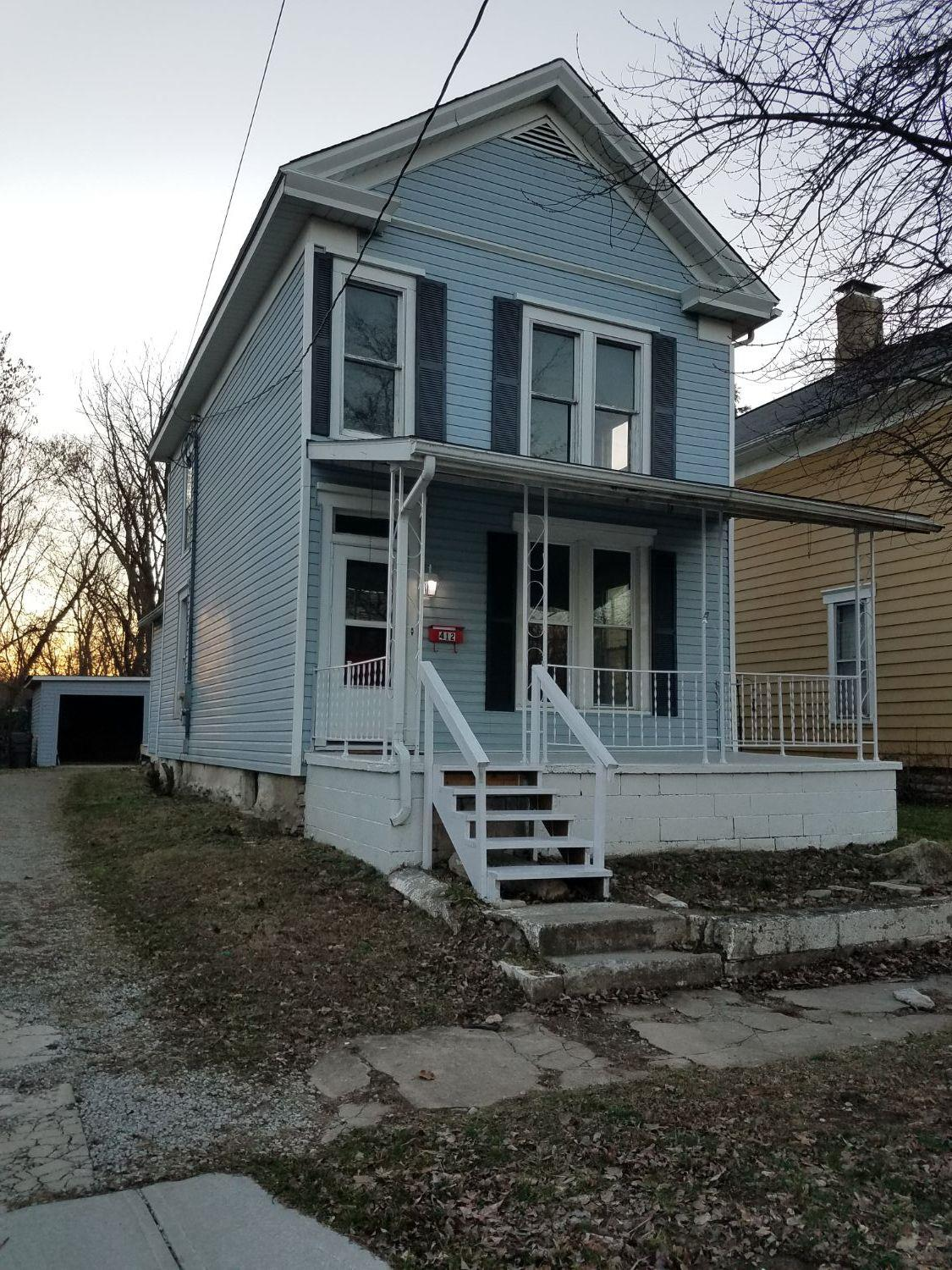 412 S Broadway St Blanchester OH