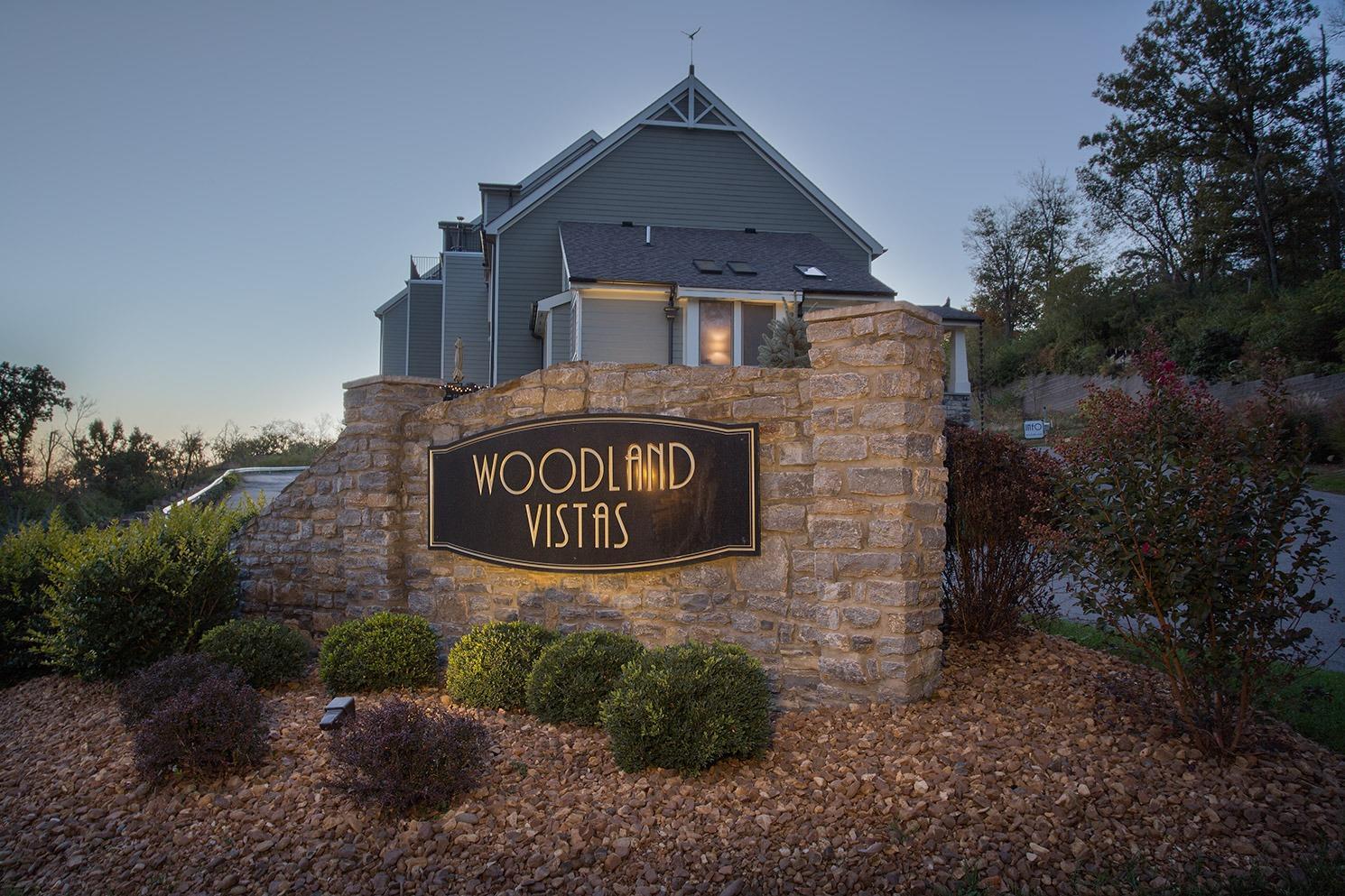 Woodland Ln 11 Columbia Twp OH