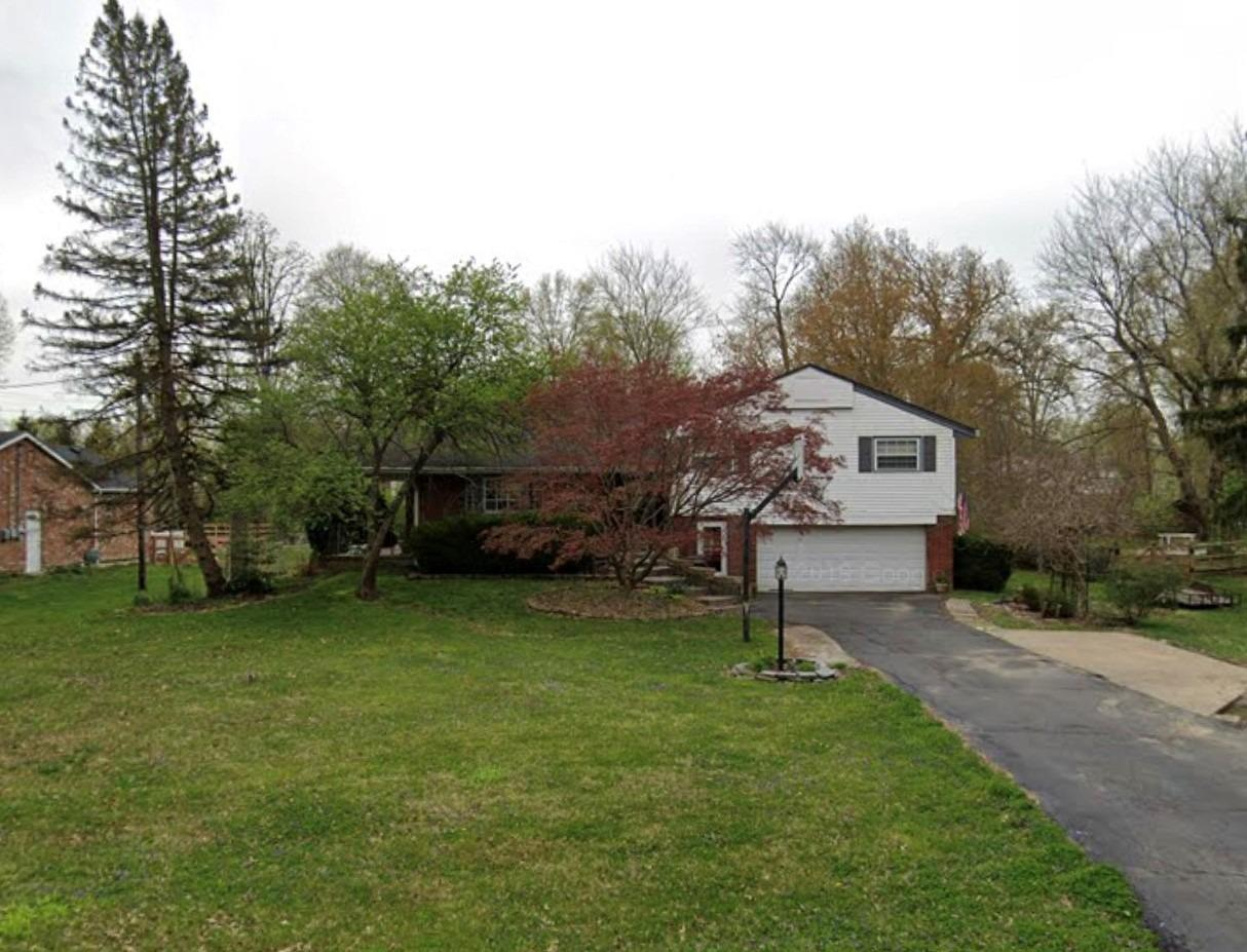 9035 Foxhunter Ln Symmes Twp OH