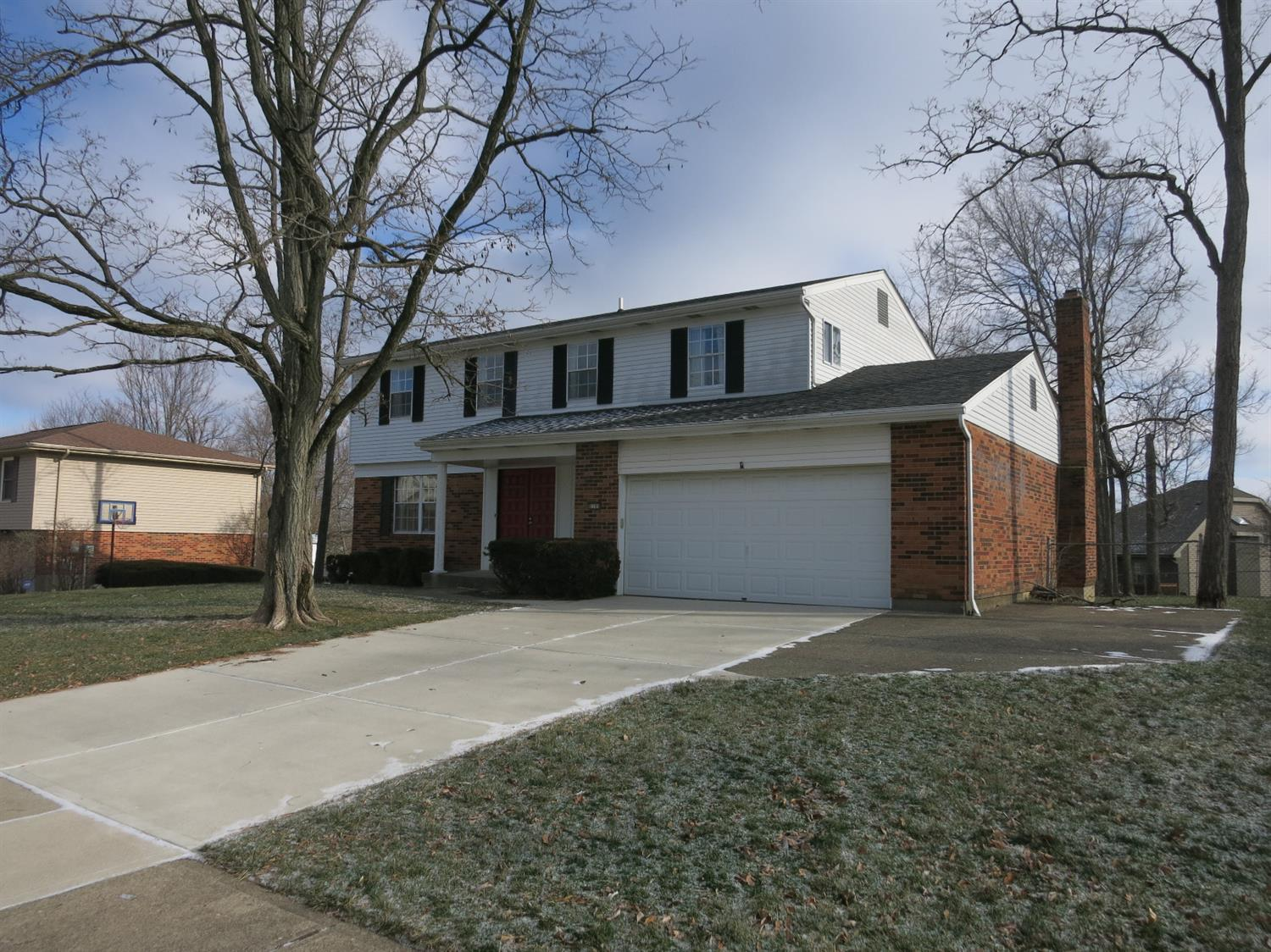 6180 Delcrest Dr Fairfield OH