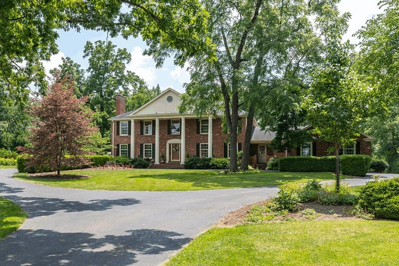 9 Albion Ln Glendale OH