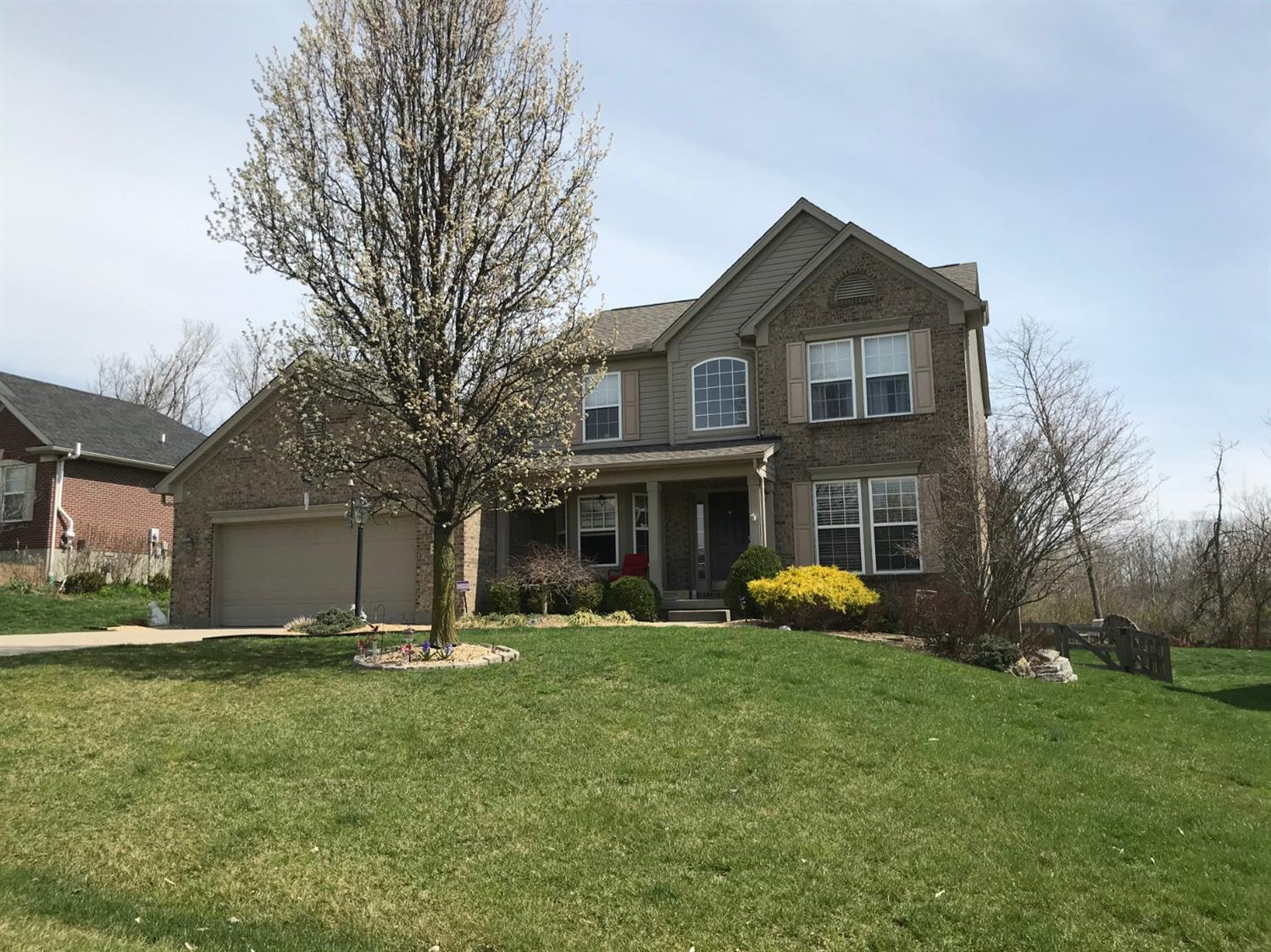 3082 Fiddlers Ridge Dr Miami Twp OH