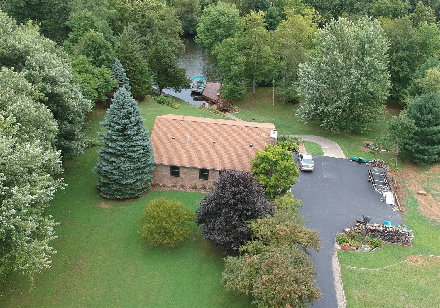 44 Comanche Dr Franklin Twp OH