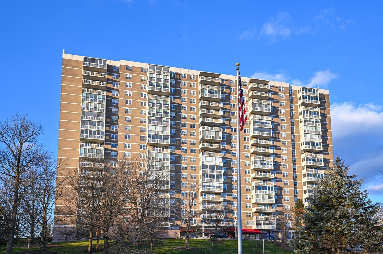 2444 Madison Rd Cincinnati OH