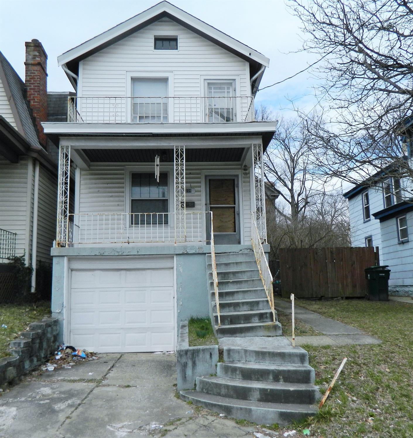 1239 Beech Ave Cincinnati OH