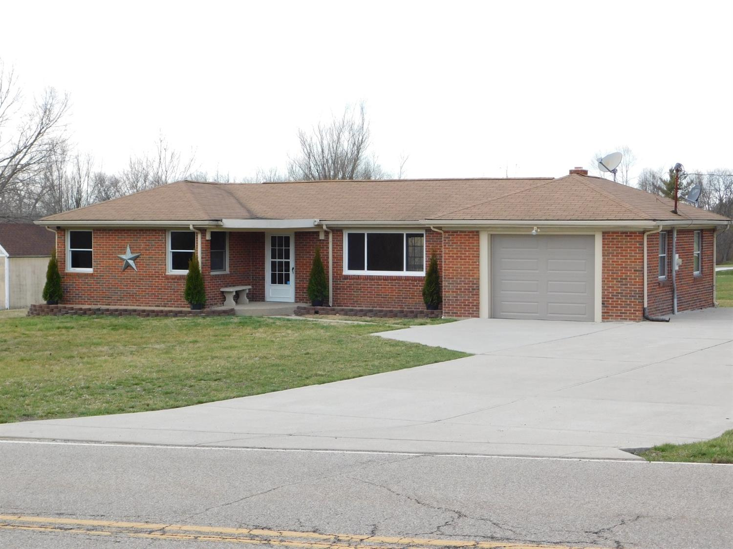 5709 Dearth Rd Clearcreek Twp. OH