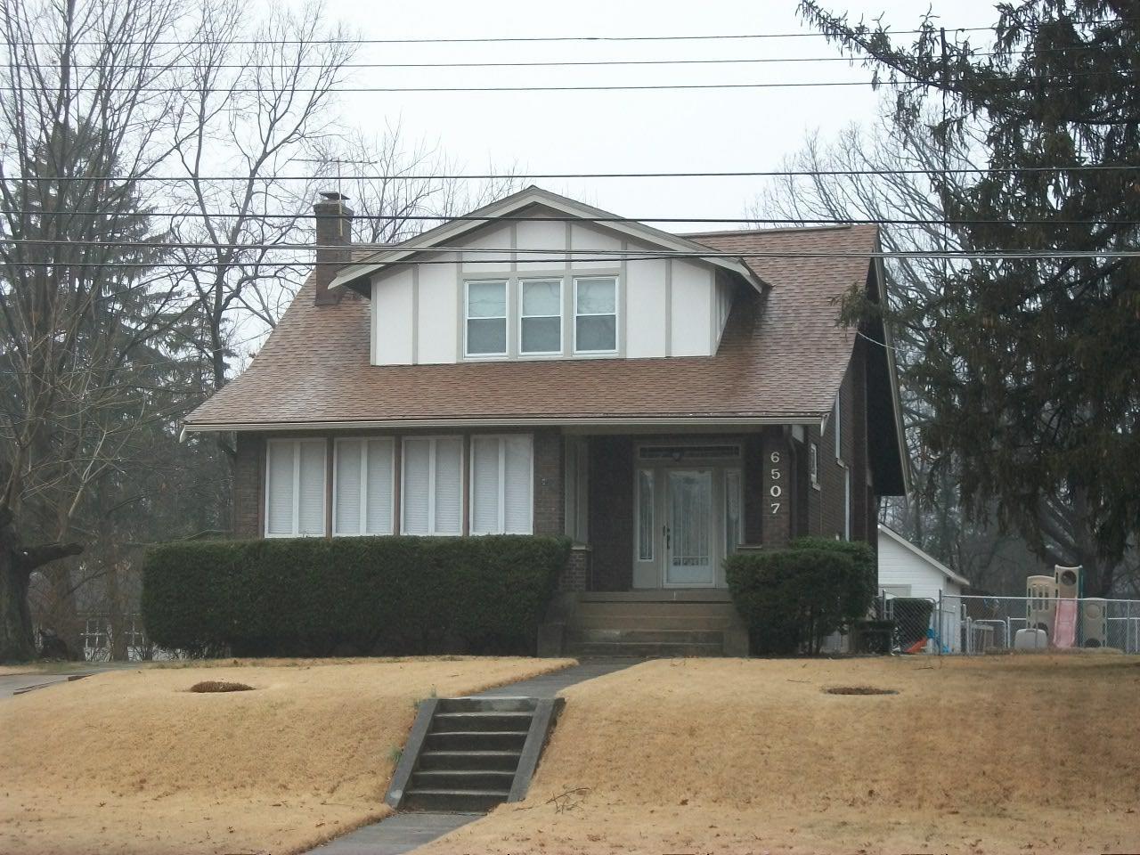 6507 Hamilton Ave North College Hill OH