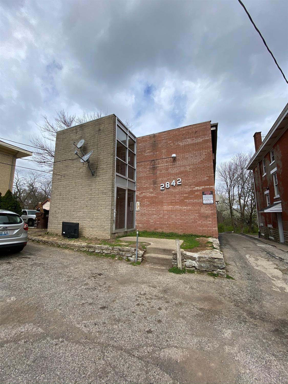 2842 Montana Ave Cincinnati OH