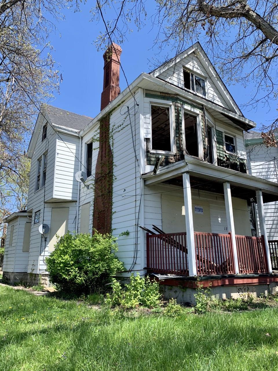 1756 Brewster Ave Cincinnati OH