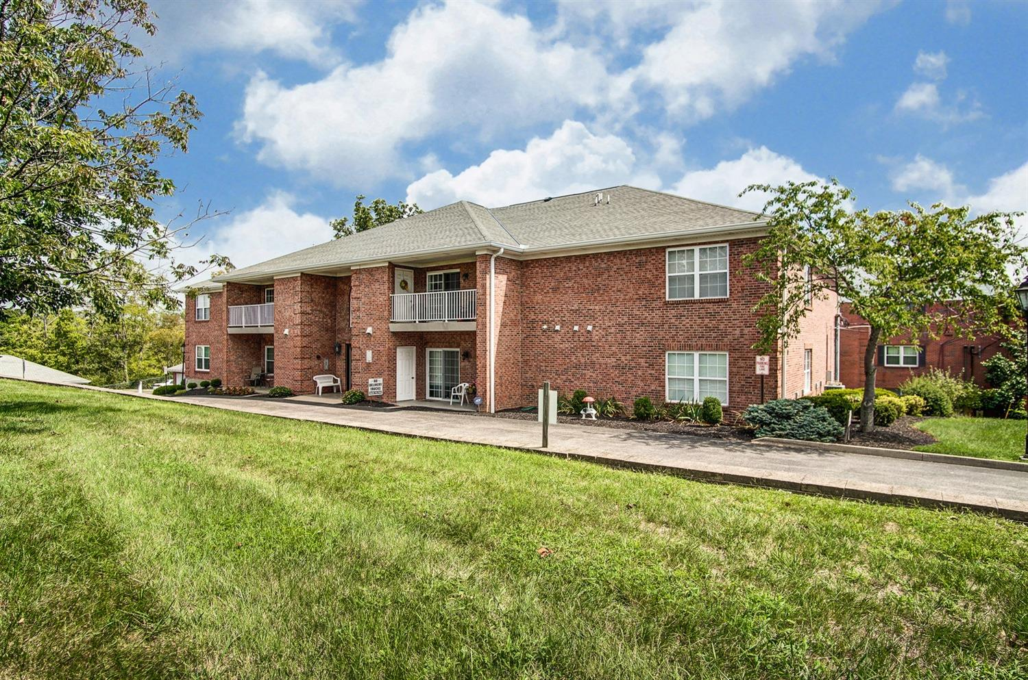 5580 Westwood Northern Blvd 6 Green Twp OH