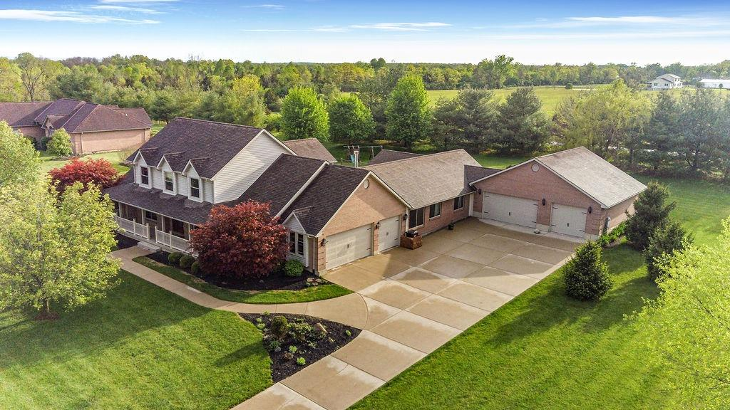 7571 Twin Oaks Dr Madison Twp OH