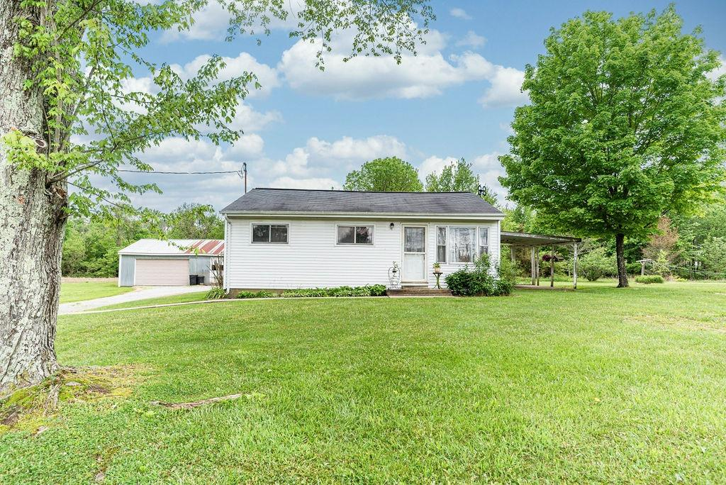 3346 Eden Rd Lewis Twp OH