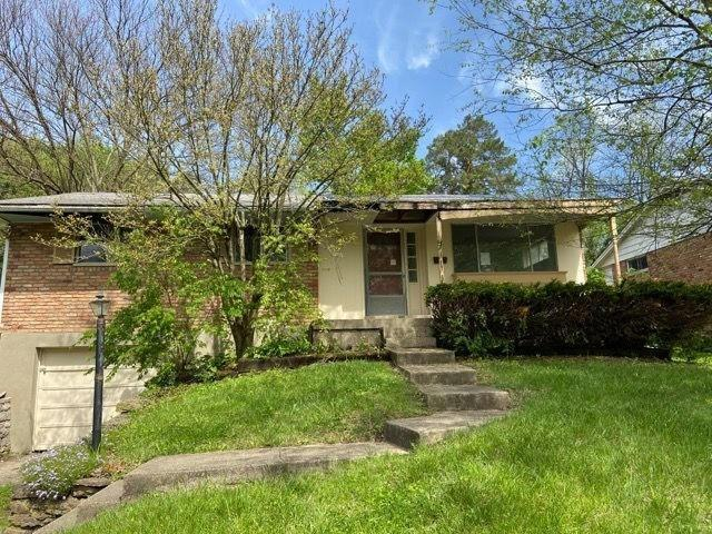 1462 Blueorchard Dr Anderson Twp OH