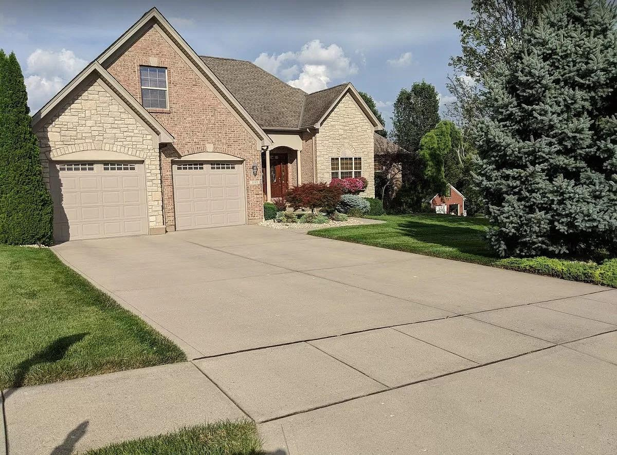 3849 Beacon Woods Dr Miami Twp OH