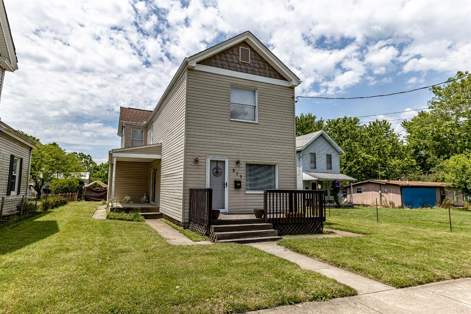 211 Bassett St Cleves OH