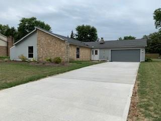 6766 Bejay DR TIPPCITY OH