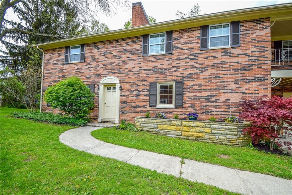9 Buckles AVE JAMESTOWN OH