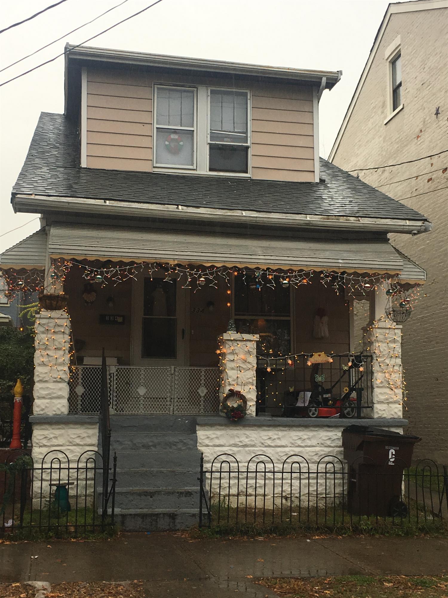 334 E 13th Street