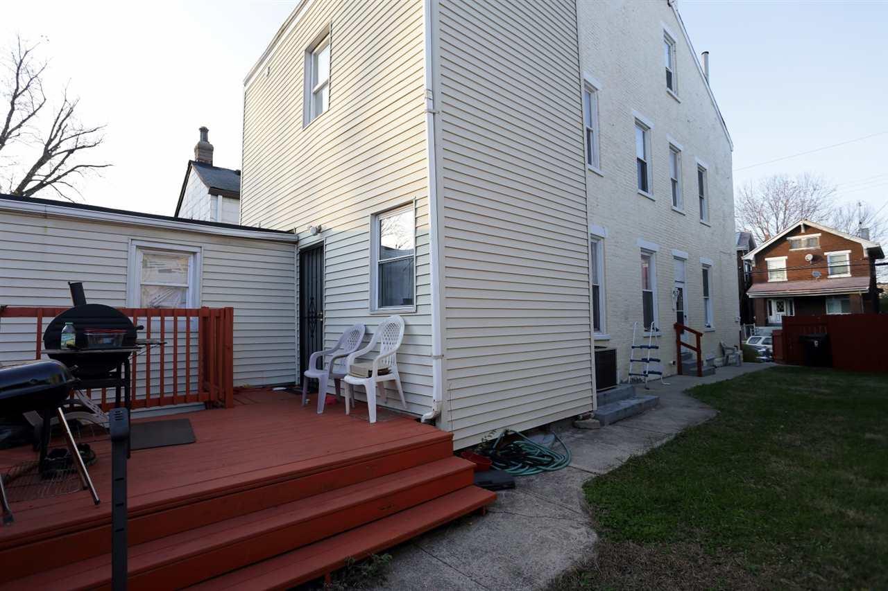 403 E 17th Street