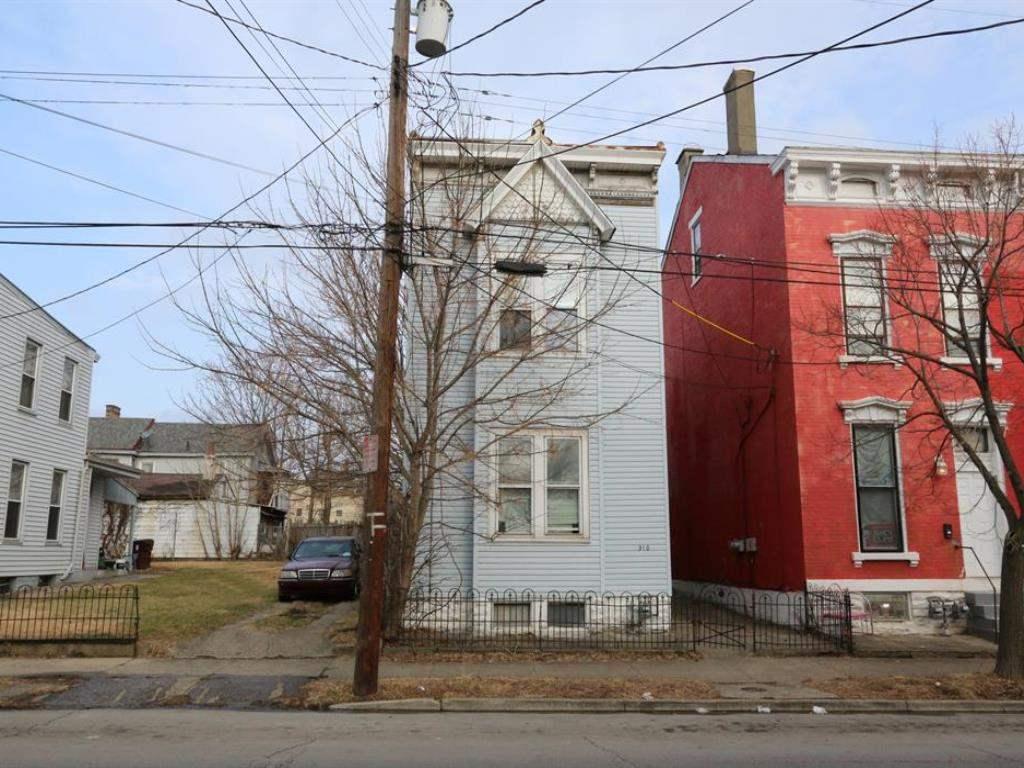 310 E 12th Street