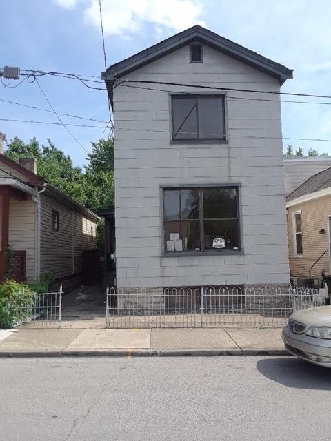 417 W 11th Street