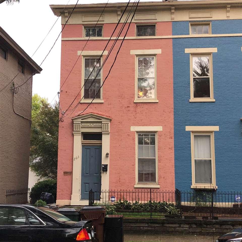 203 W 11th Street